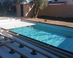 Côté Piscine - Vendres - Création de piscine traditionnelle et en kit volet immergé